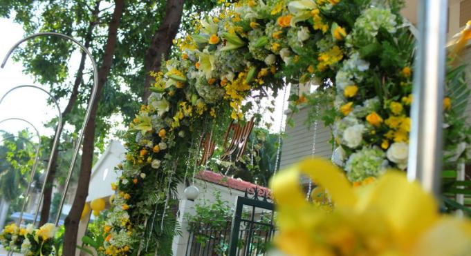 Mẫu trang trí hoa tươi khiến vạn người mê