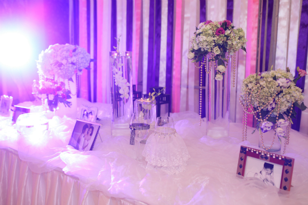 Tông màu đám cưới