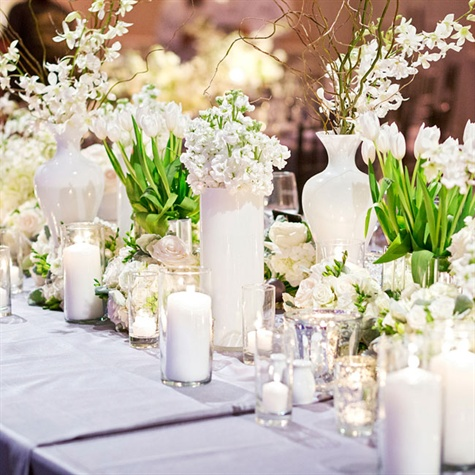 Trang trí đám cưới màu trắng