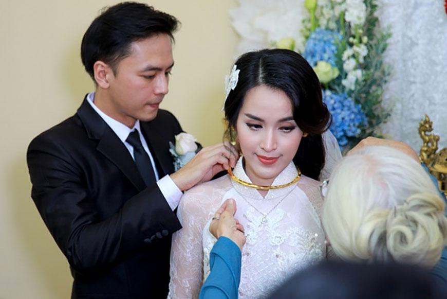Cô dâu về nhà chồng cần chuẩn bị những gì theo đúng phong tục