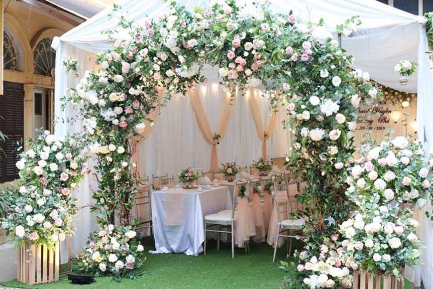 cổng hoa cưới đẹp 2019