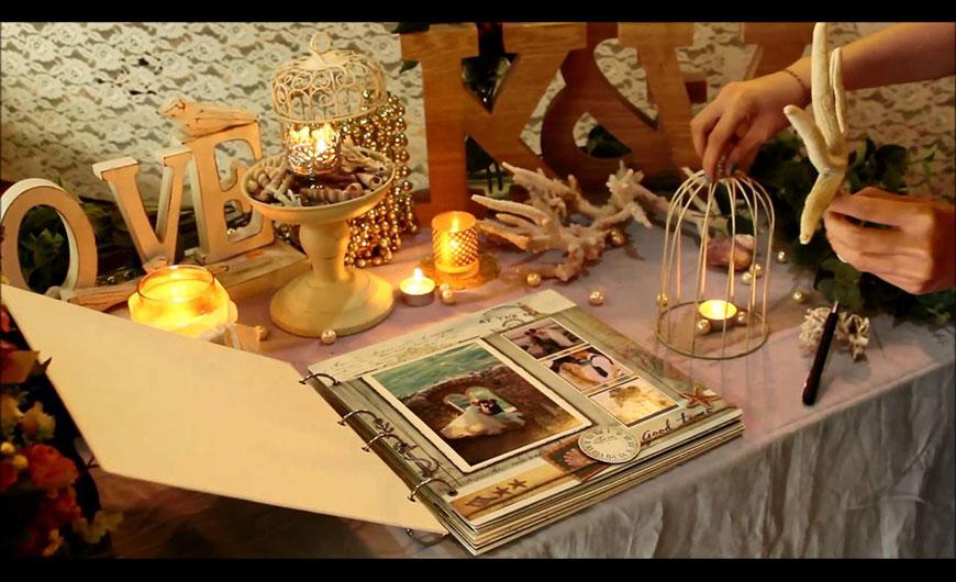 trang trí bàn gallery cưới đơn giản