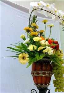 Những mẫu cắm hoa cưới đẹp mê mẩn