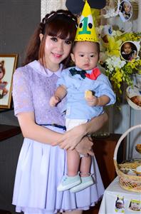 Gia đình Lý Hải tổ chức sinh nhật cho con trai