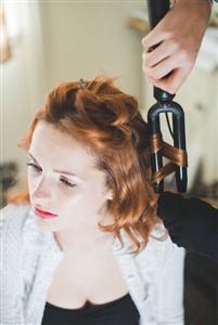 Hướng dẫn tết tóc vòng cho cô dâu ngày cưới