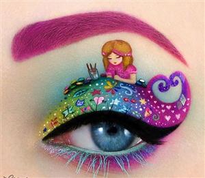 Trang điểm Đôi Mắt thành một bức tranh thần kỳ