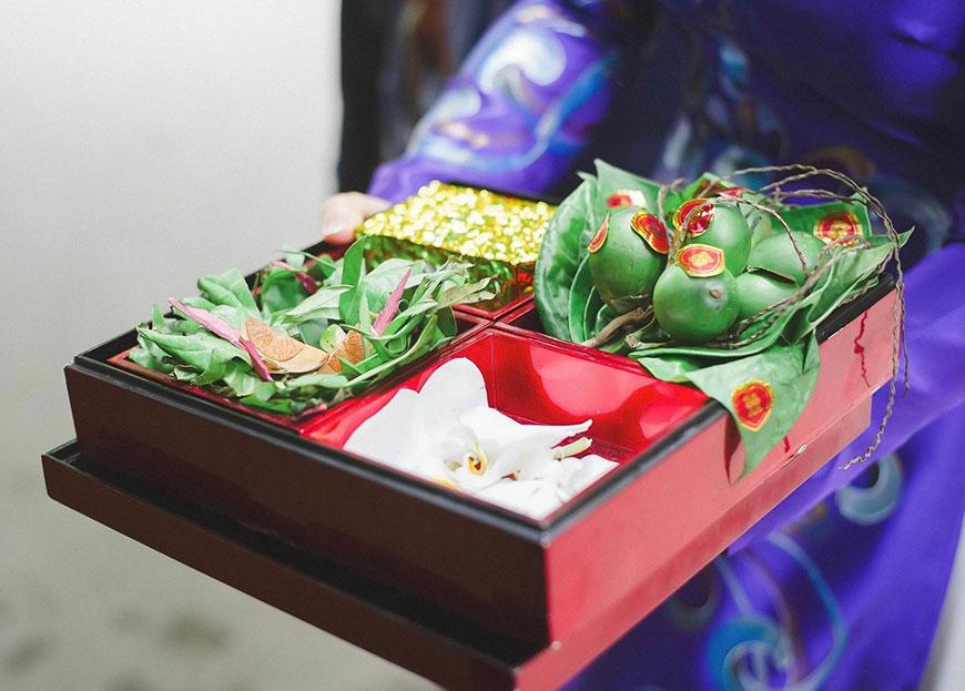 Tráp dạm ngõ đẹp và đầy đủ lễ vật theo truyền thống