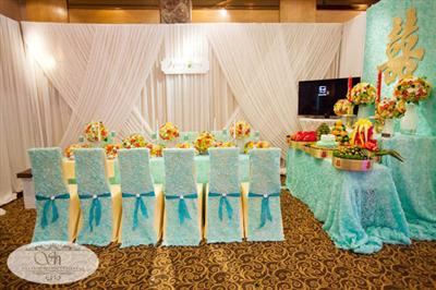 Tiệc cưới của Vân Đoàn