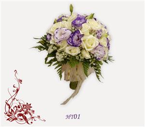 Album hoa cưới cầm tay cô dâu