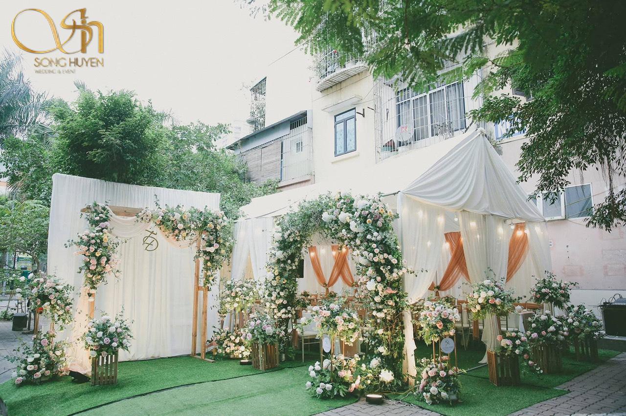 Những điều cần lưu ý khi chọn dịch vụ hoa cưới