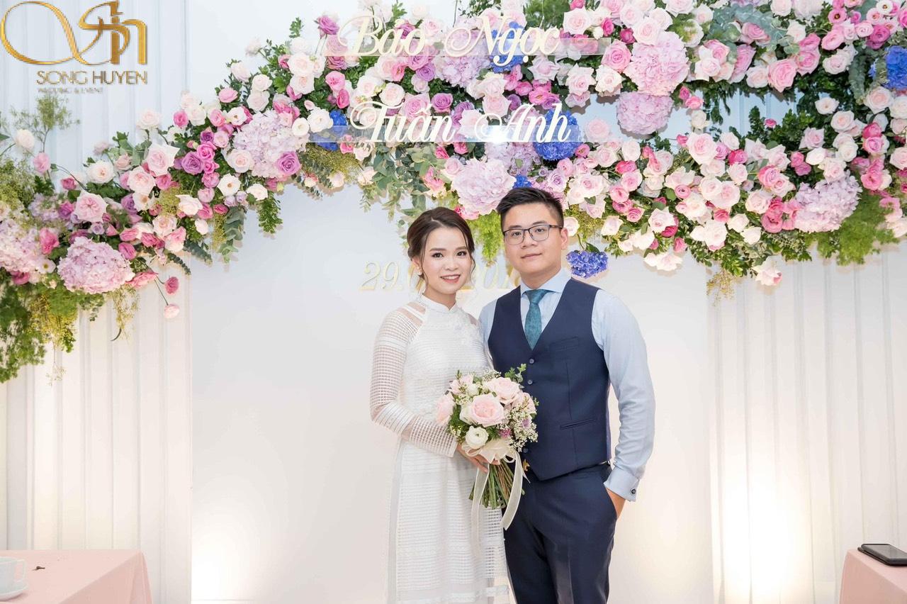 Những lưu ý khi chọn hoa cho bàn thờ gia tiên ngày cưới